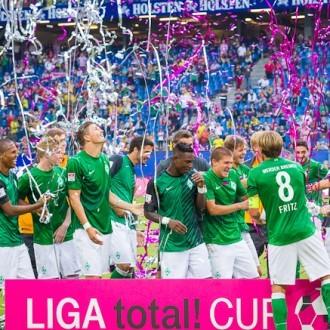 Freude beim Sieger Werder Bremen in Imtech Stadion