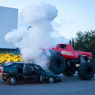 Michael Wendler im Monster Truck