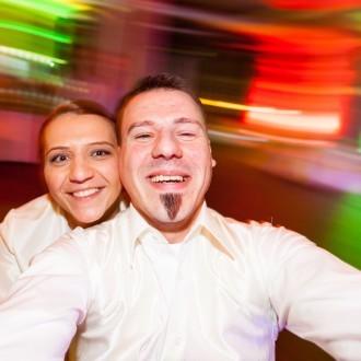 modernes Brautpaarfoto