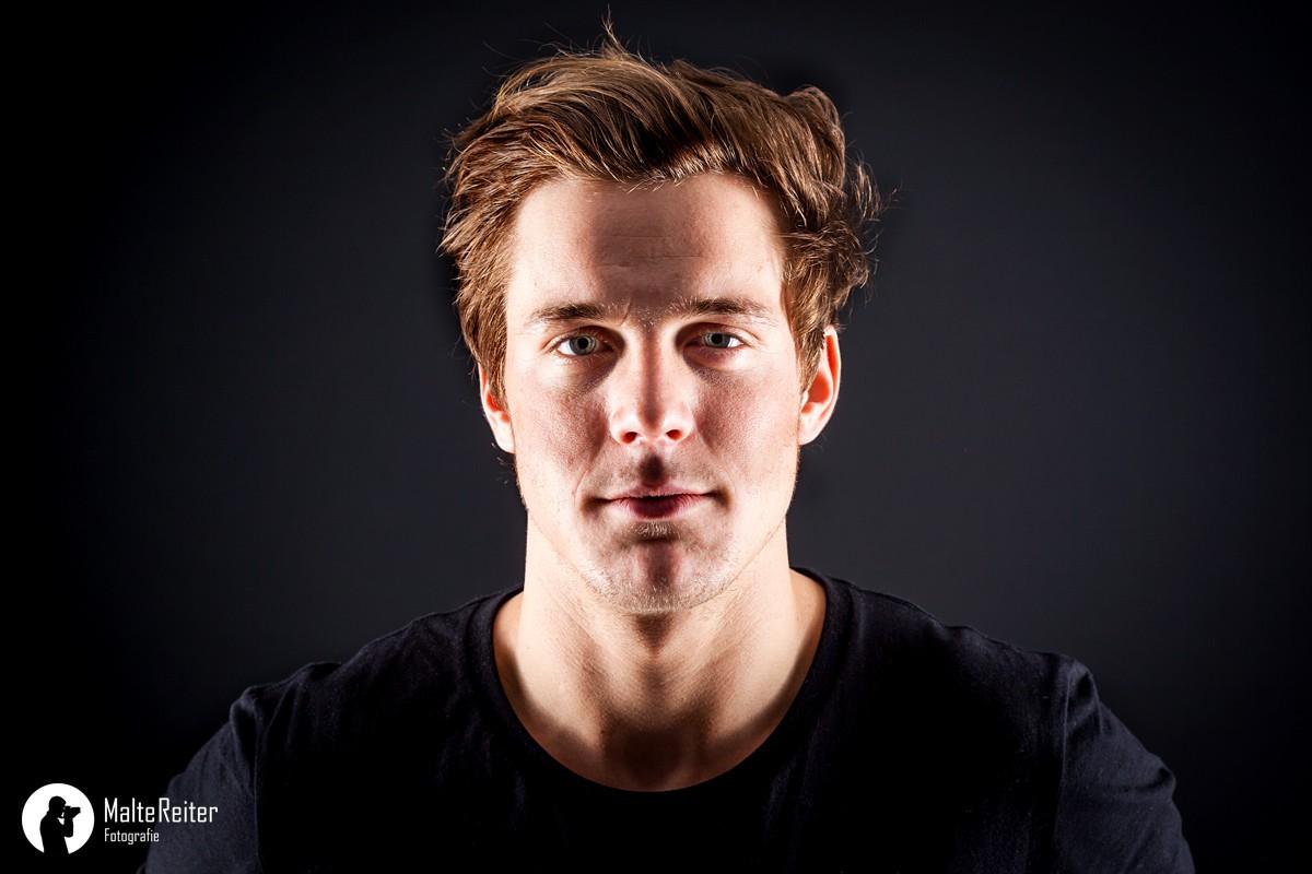 Portraitfoto von Kentin Mahé