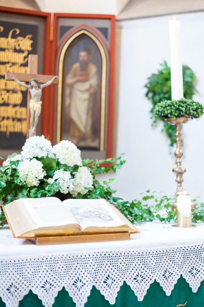 Evangelische Kirchengemeinde Herzkamp Detail Altar