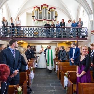 Einzug evangelische Kirche Tönisheide von oben