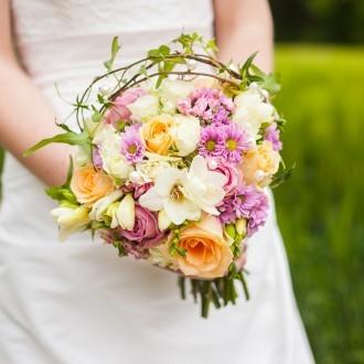 Hochzeit Bochum bunter Blumenstrauss
