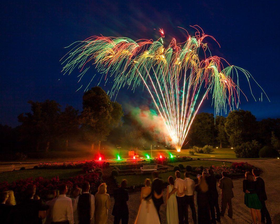 Location Schloss Hertefeld mit Hochzeitsfeuerwerk