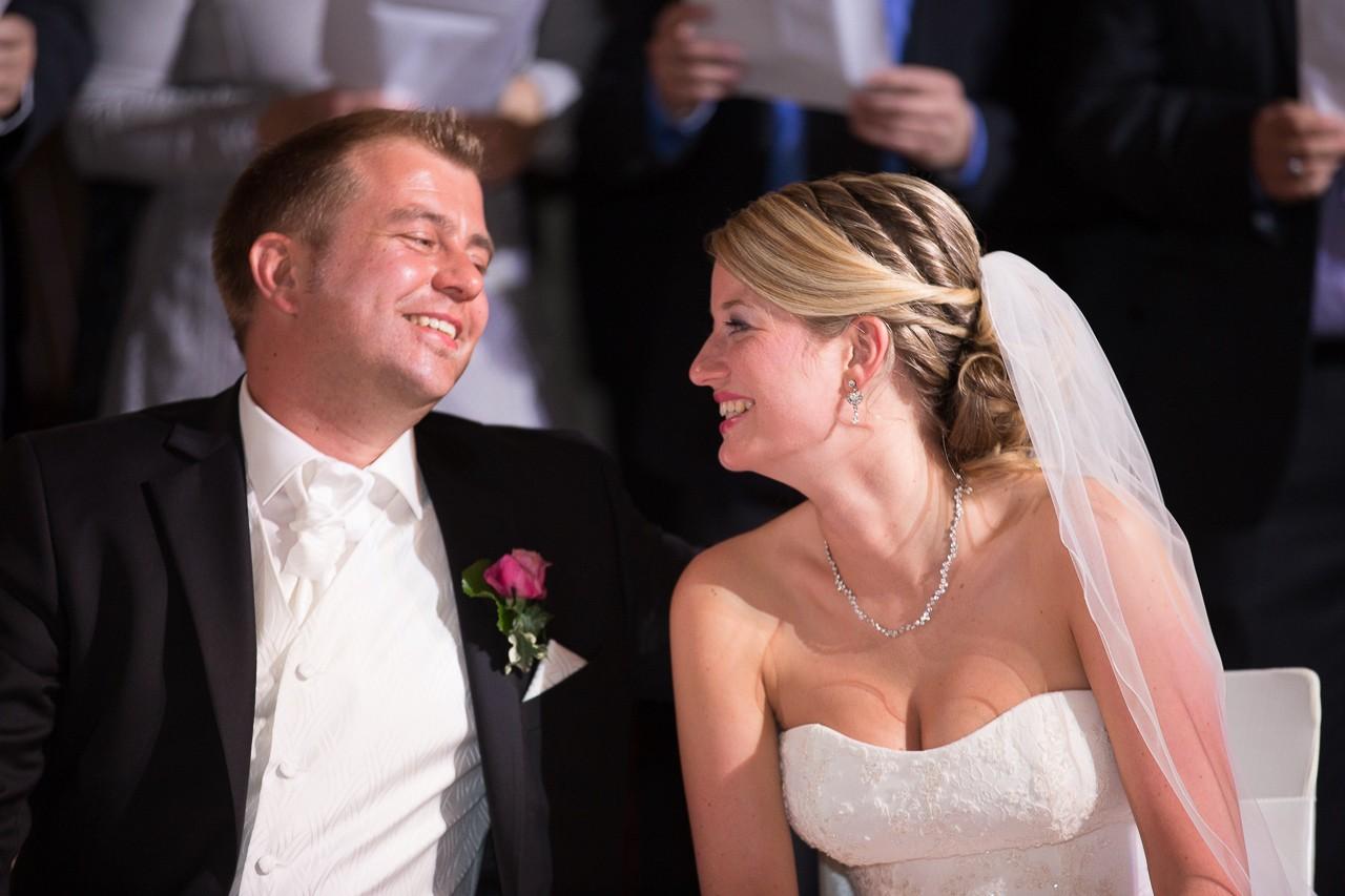 fehler bei hochzeit vermeiden glückliches brautpaar