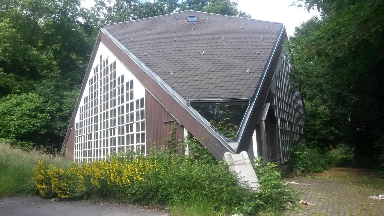 kirche vor umbau am juni 2014