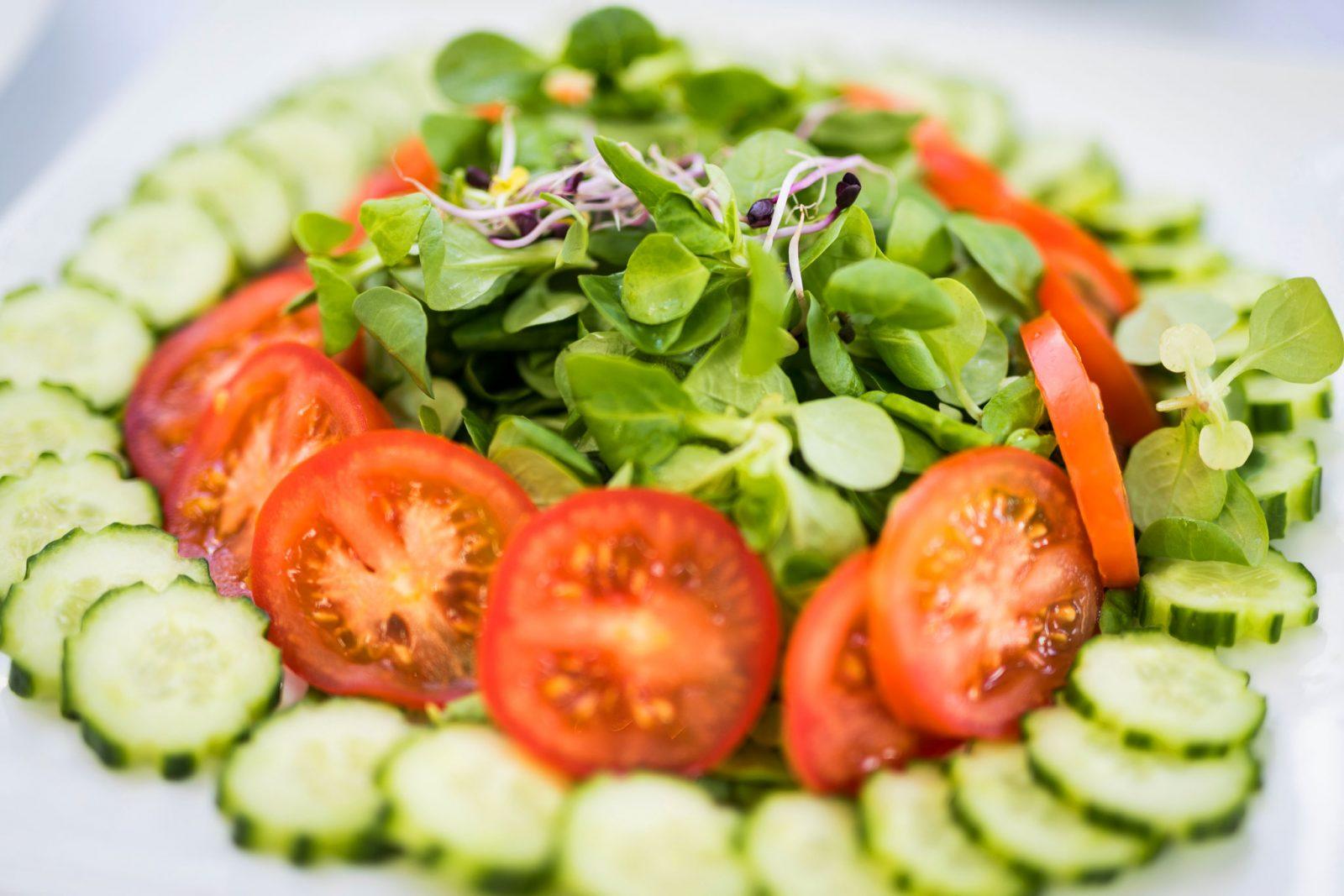 salat als hochzeitsessen