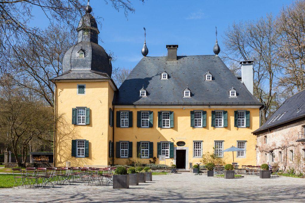 Hochzeitslocation Schloss Lüntenbeck in Wuppertal