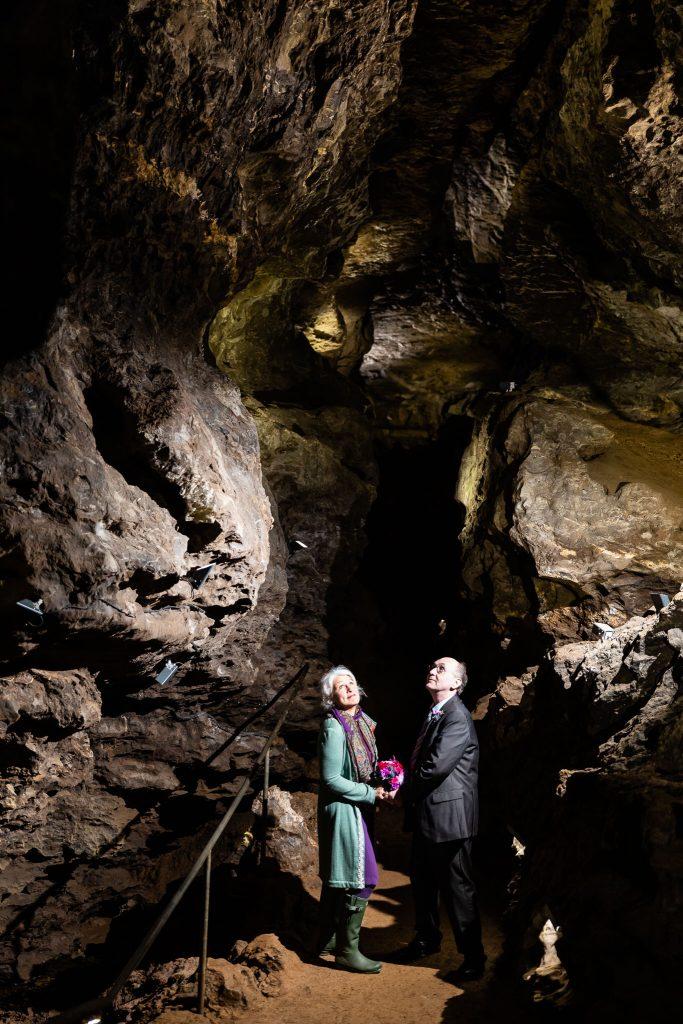 besondere hochzeitsfotos höhle