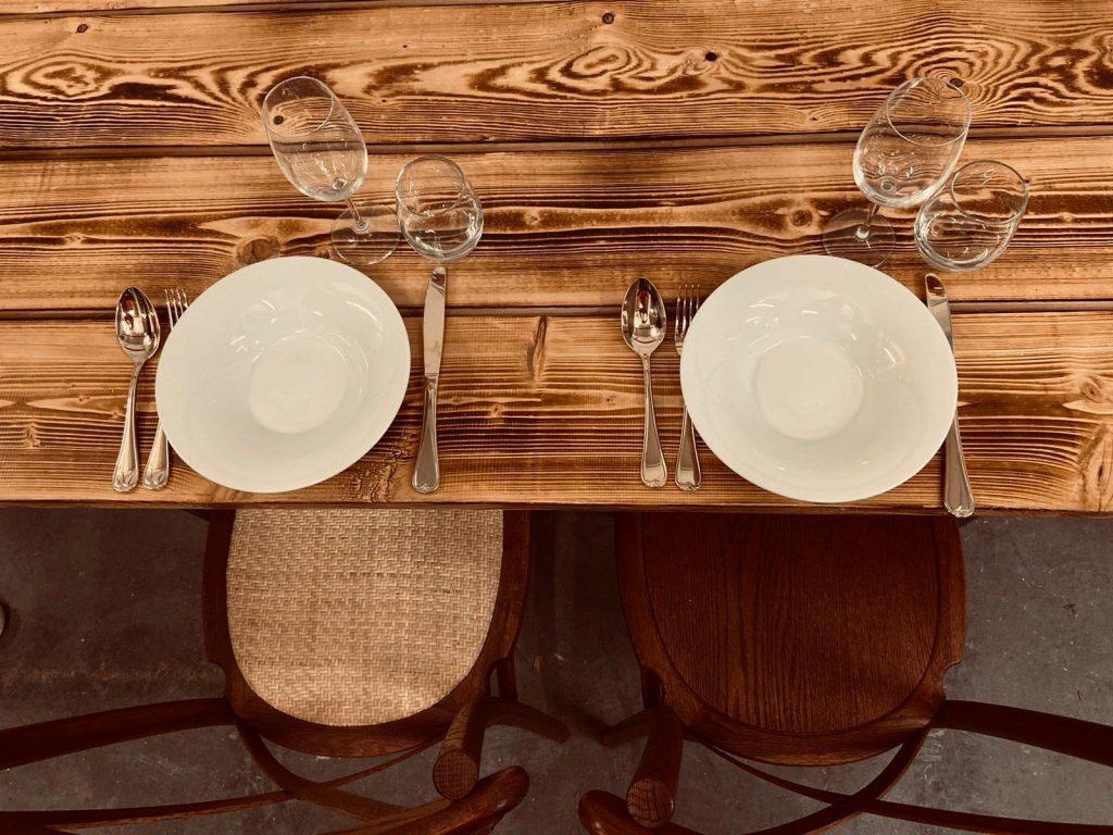 chiavaristühle für die hochzeit mieten mietmobiliar von barnane.net aus wuppertal