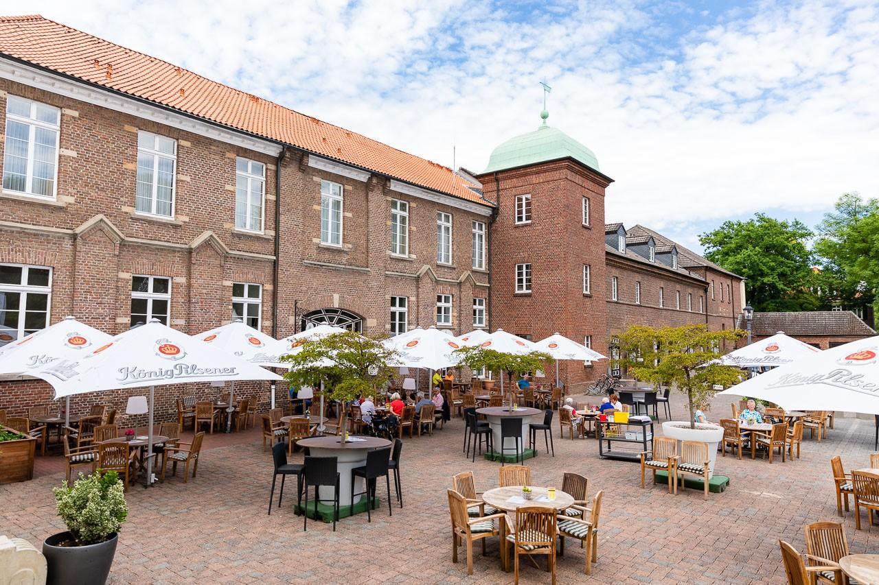 Schloss Westerholt Herten Terrasse