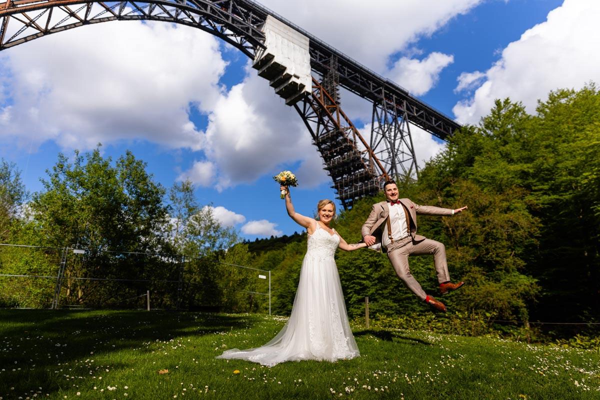 Hochzeitsfoto Solingen Brueckenpark